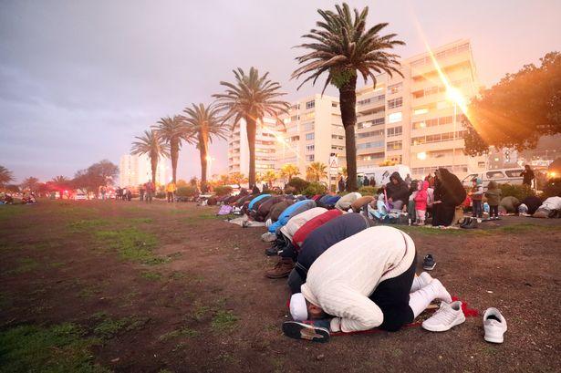 30 रोज़ों का होगा माह-ए-रमज़ान, सऊदी में रविवार को ईद