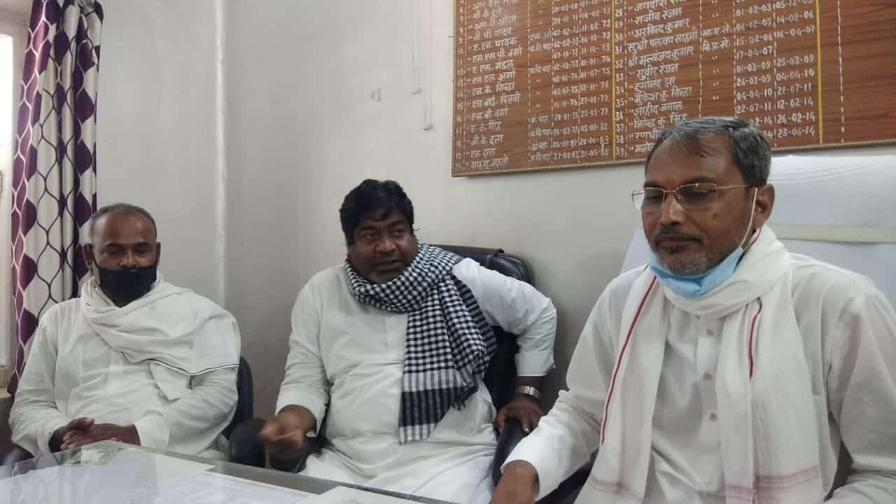 JDU MP hijacks BDO office to address a press conference