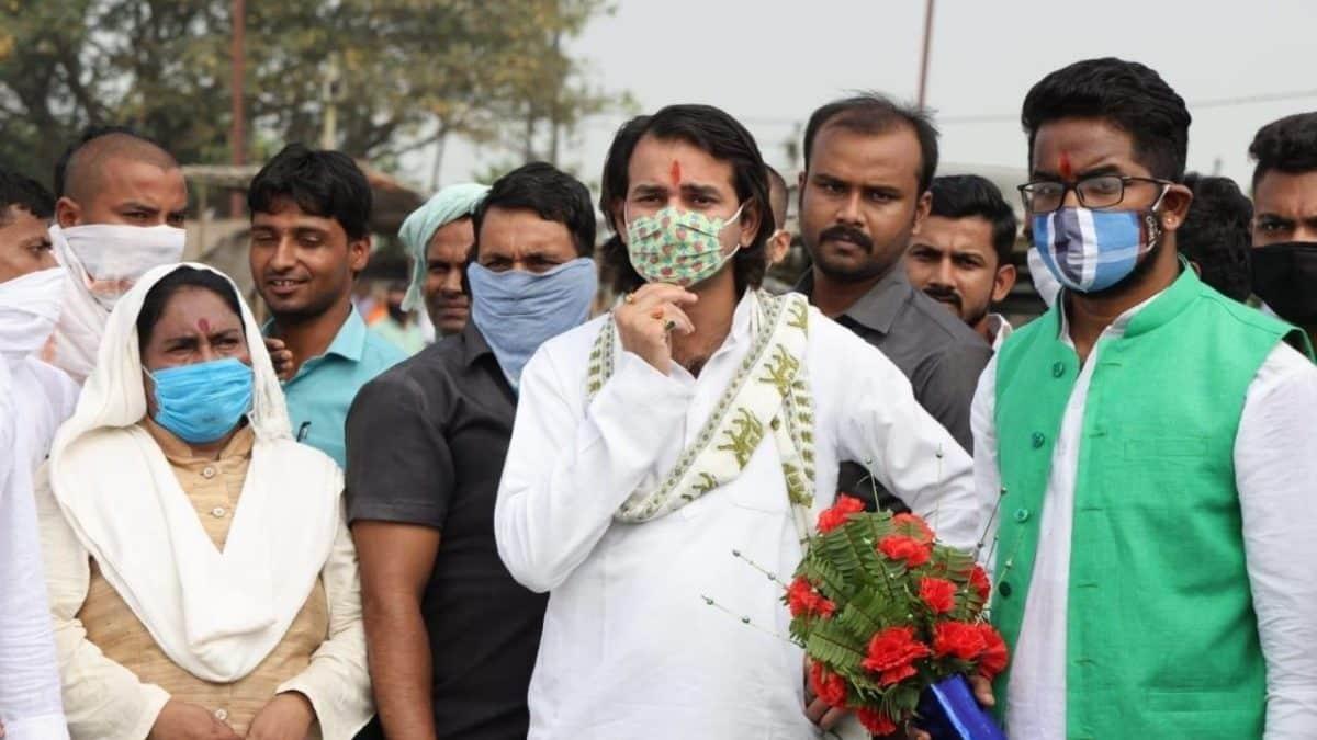 हसनपुर विधानसभा से तेजप्रताप ने भरा अपना पर्चा